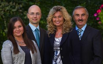 Familia Moser, sus anfitriones